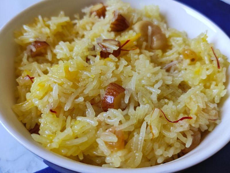 Sweet rice recipe-Meethe Chawal/ Zarda Pulao | A quick ...
